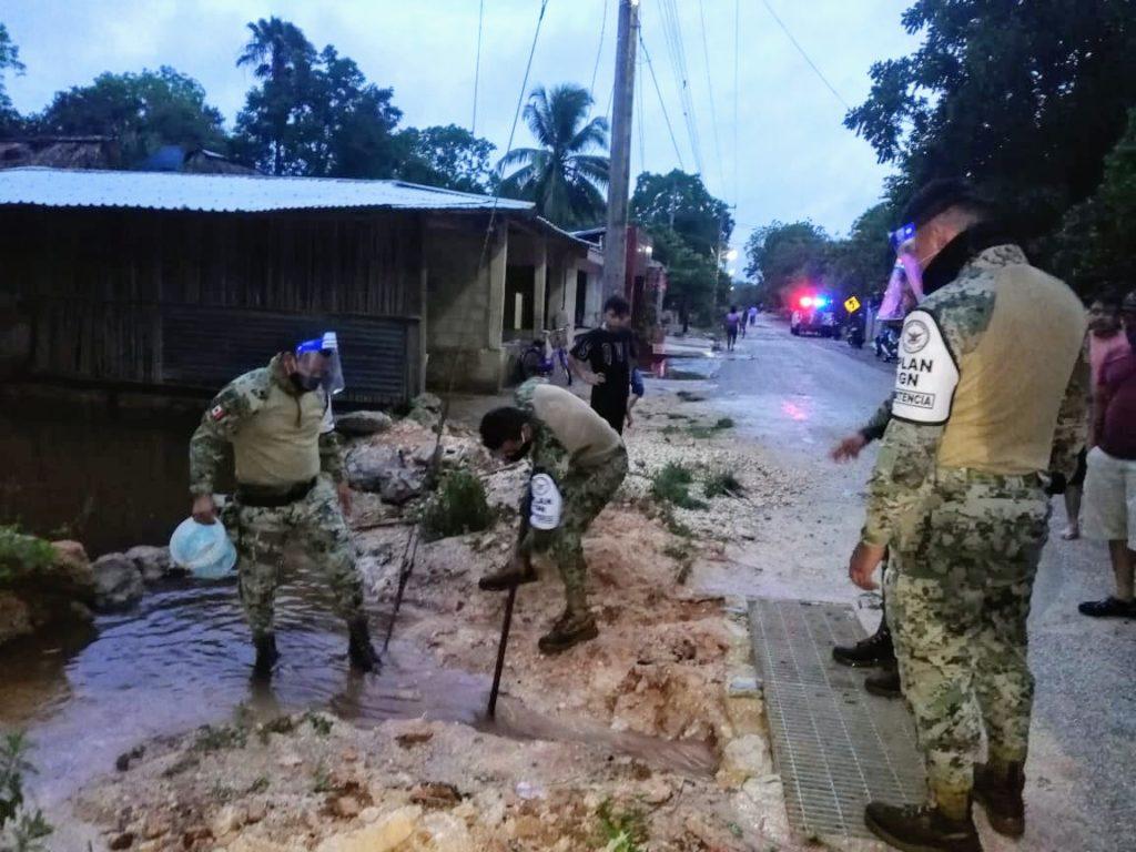Habitantes de comisarías de Yaxcabá son desalojados ante inundaciones