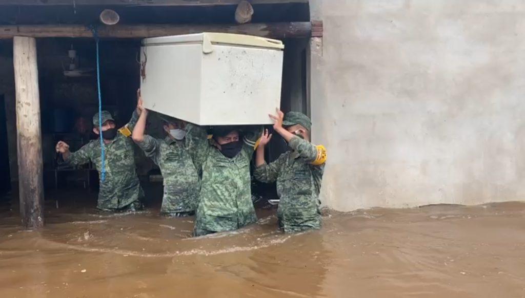 Tropas del Ejército mexicano aplican el Plan DN-III-E en el estado de Yucatán con motivo de la Tormenta Tropical Cristóbal